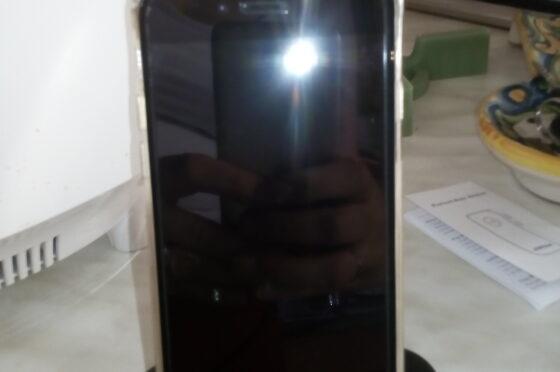 REVIEW:Dock di ricarica IPhone,Supporto Smartphone per Hizek 2.4A Max Lightning Supporto per caricabatterie per iPhone 7 / 7Plus / 6s / 6sPlus / 6/5 / 5s / SE – Nero