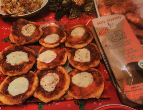 CUCINA: pizzette Margherita in collaborazione con alpimix