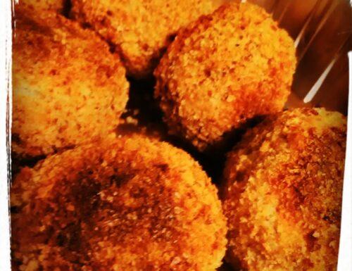 CUCINA: Polpette di pane con cuore filante